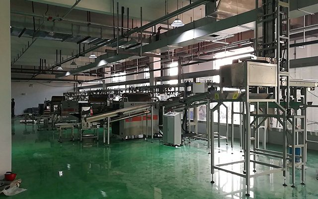 High-speed weighing stereo bag production line