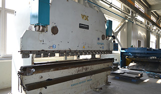 Large bending machine